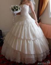 Продаю шикарное,  французское свадебное платье.