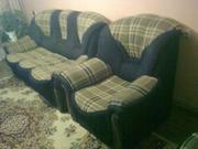 Продам диван раскладной и 2 кресла.